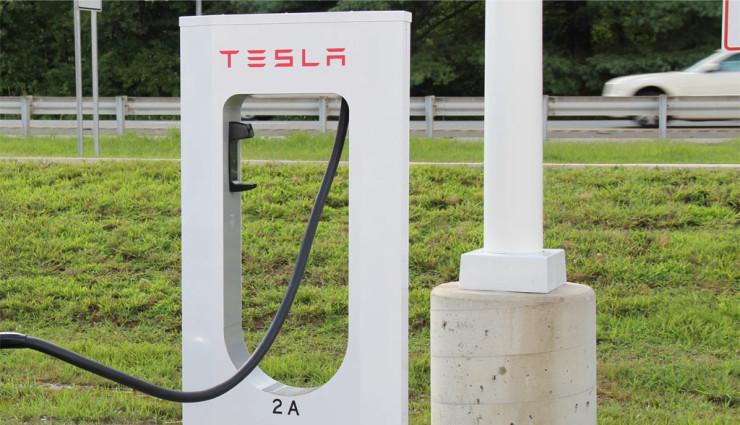Tesla-Supercharger-Nutzung-andere-Hersteller-740x425