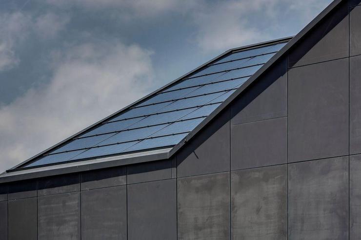 Erstes energieautarkes Mehrfamilienhaus der Welt-solardach-Energy-Mag